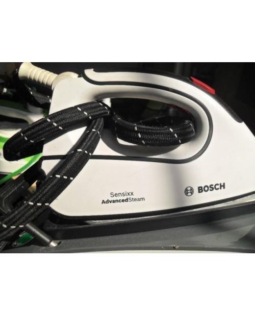 Żelazko ze stacją parową Bosch Sensixx B45L