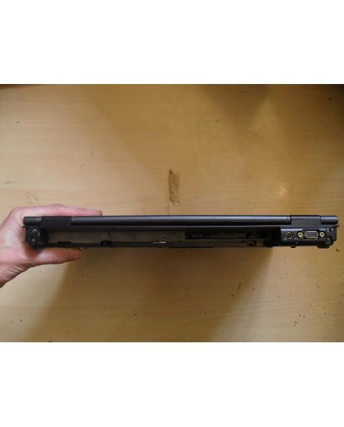 LAPTOP HP Compaq NX 8230